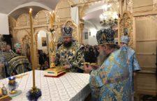 Архієрейська Літургія в Барському монастирі.