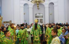 У новорічну ніч архієпископ Варсонофій звершив Божественну Літургію у Свято-Троїцькому Браїлівському монастирі.