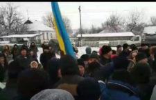 У Новоживотові намагалися захопити храм та побили священиків і мирян УПЦ