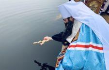 Велике освячення води на озері у Вінниці