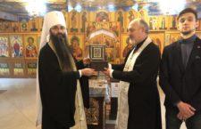 Викрадені мощі свт. Миколая повернули до Хрестовоздвиженського храму Вінниці