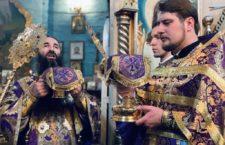 Митрополит Варсонофій звершив Літургію у древньому Свято-Миколаївському храмі Вінниці